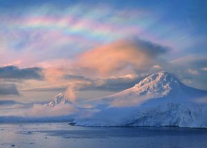 ozone-holes-arctic-polar-stratospheric-nacreous-clouds_33580_600x450